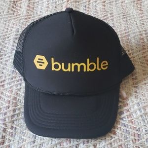 BUMBLE Black Yellow Make The First Move Hat